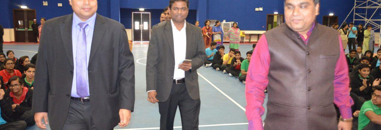 Prof Vijay Navale addressing the students